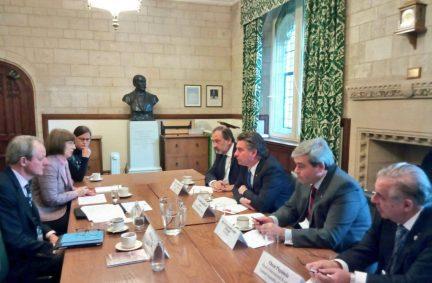 Uruguay Speaker and delegation briefed on UK Parliament by Clerk of the Overseas Office, Matthew Hamlyn