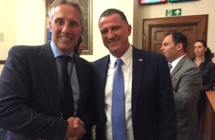 Speaker Edelstein meets BGIPU Executive Committee member, Ian Paisley MP