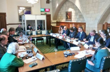 UK and Polish counterparts participate in a roundtable discussion on common issues of concern