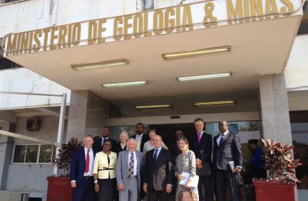 Meeting the Minister for Geology and Mining, Francisco Queiroz