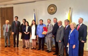 UK Delegation meet Speaker of the House of Representatives, The Hon Pantaleon Alvarez