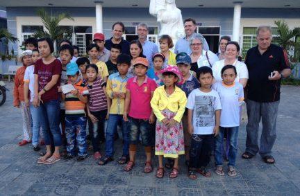 Delegation visits Agent Orange Day Centre