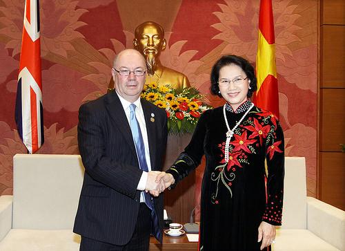 BGIPU Chair and UK Delegation Leader, Rt Hon Alistair Burt, meets Deputy Speaker of Vietnam