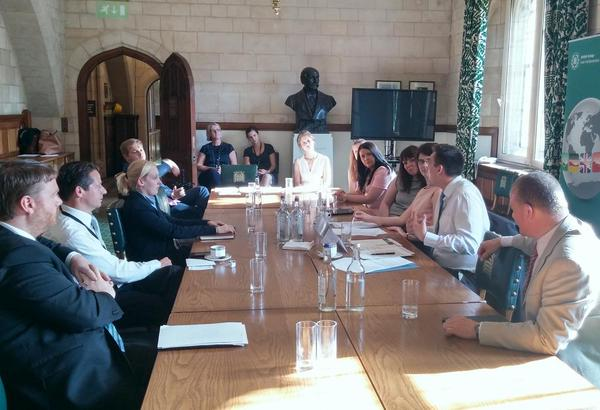 Young MPs discuss political empowerment efforts through IPU networks
